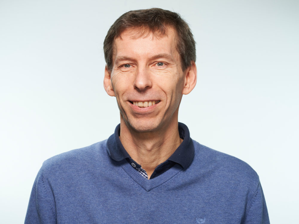 Johan Cronstedt hyvinvoinnin luennoitsija Porvoo